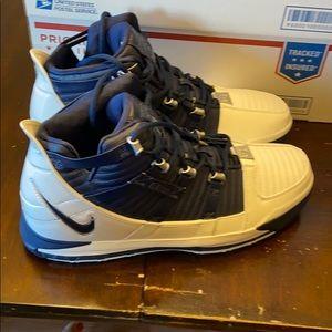 Nike LeBron 3 white and blue